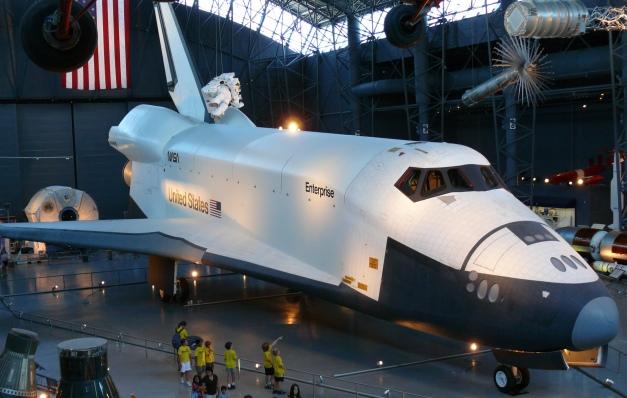 Space_shuttle_enterprise